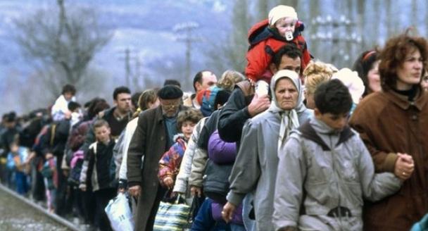 Имеют ли переселенцы преимущества в сохранении рабочего места?